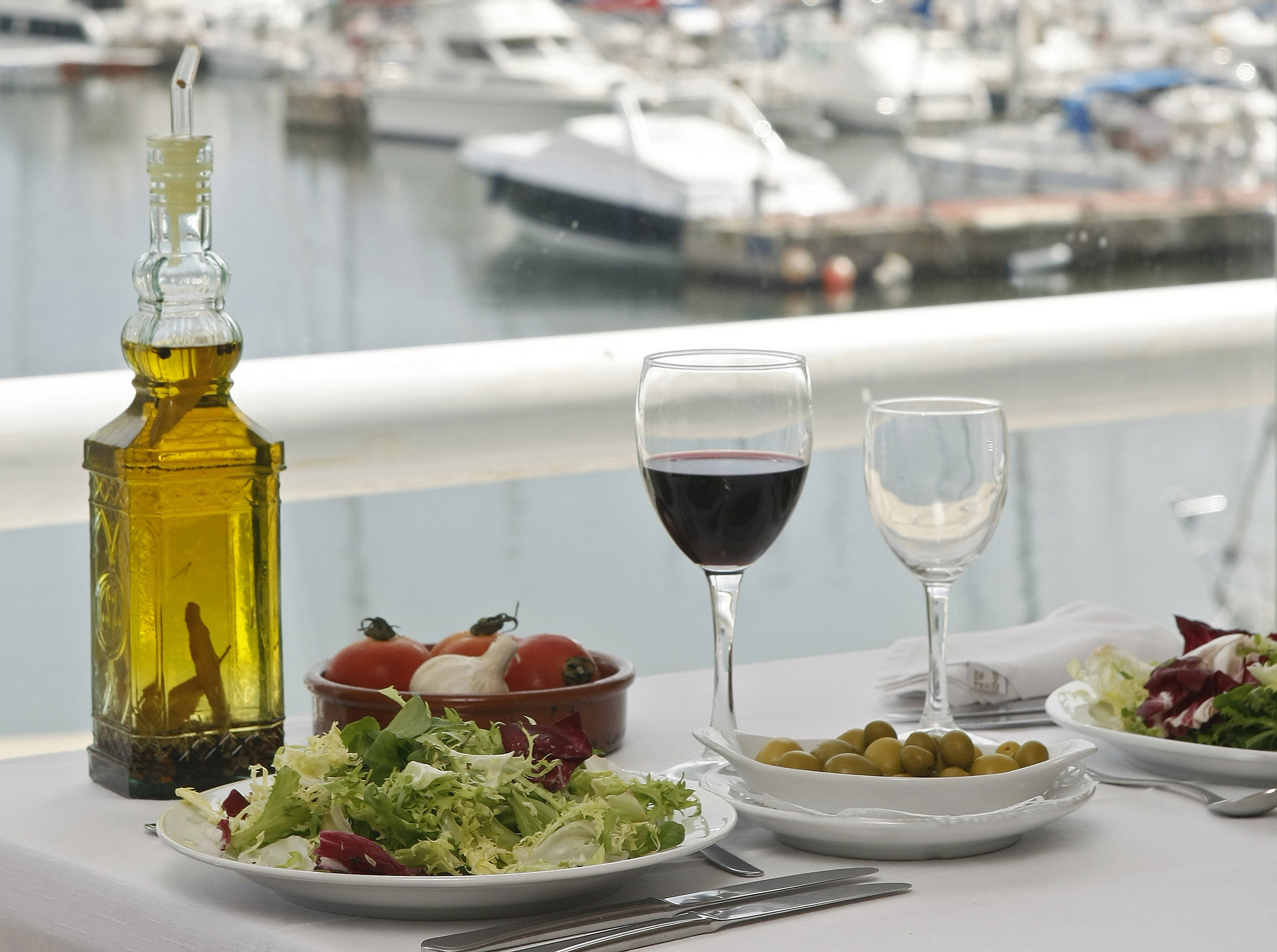 Mediterranean diet works by adding up small improvements