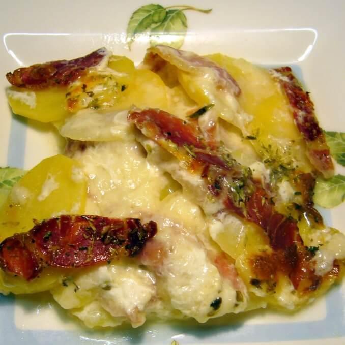 Pastel de patatas y jamón
