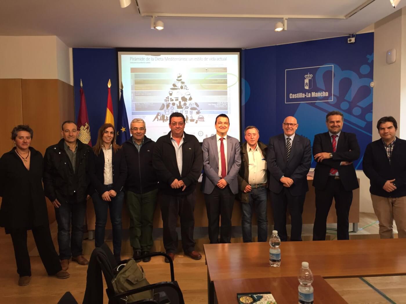 Agricultura quiere incluir en la dieta mediterránea a la IGP Cordero Manchego de la que viven 400 ganaderos en la región