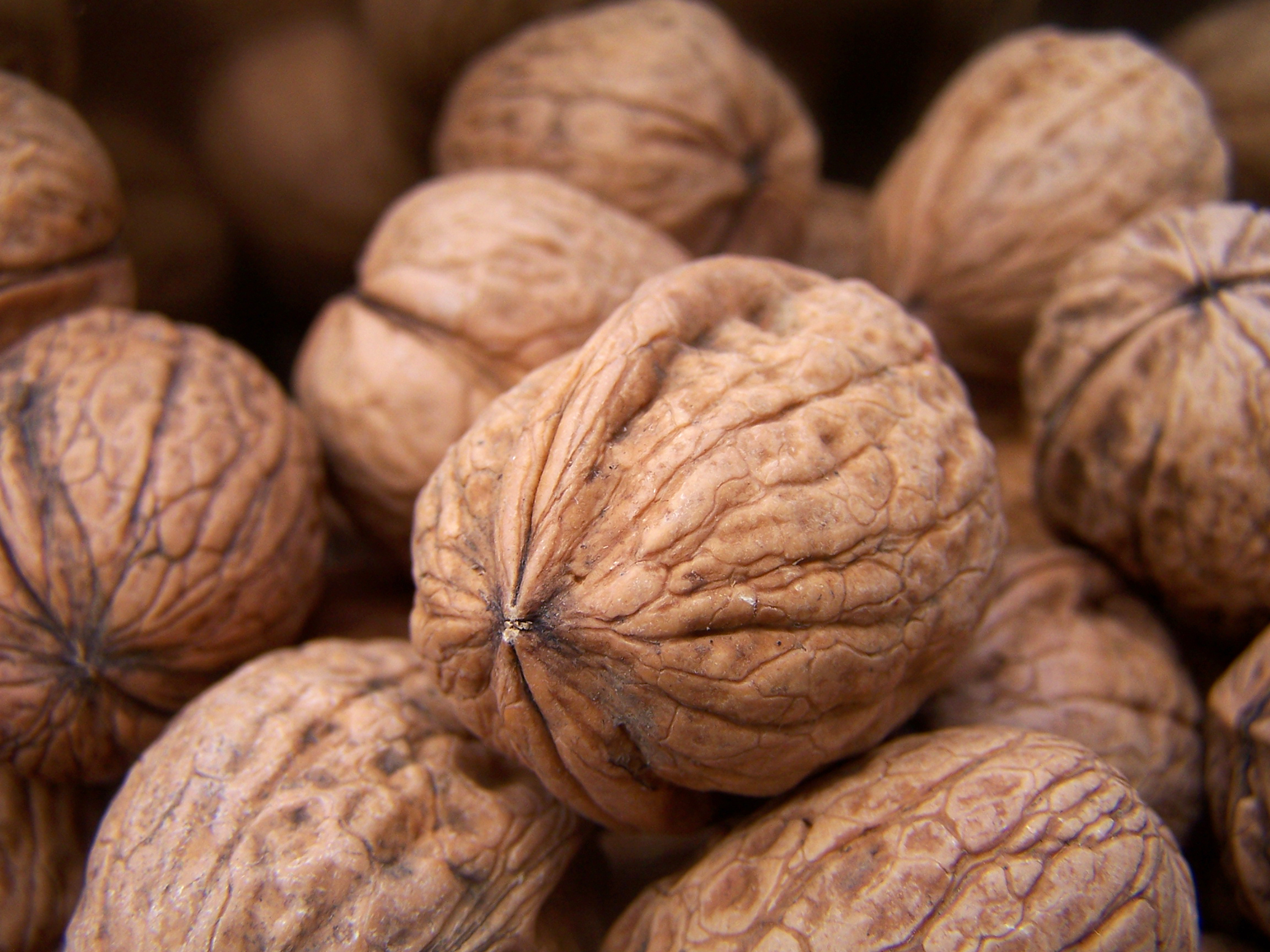 Un puñado de frutos secos al día reduce en un 30 % el riesgo cardiovascular