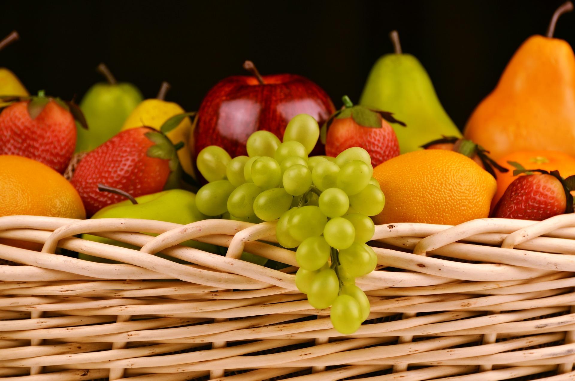 Arroyo apuesta por la Dieta Mediterránea y los productos de cercanía